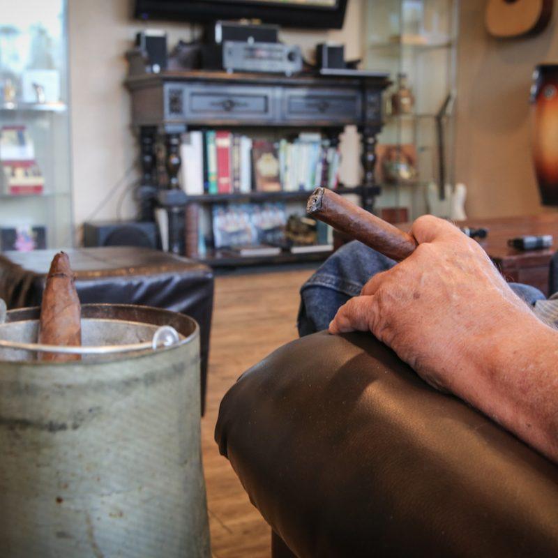 Cigar Loung